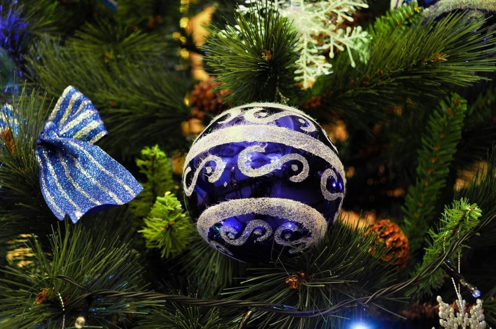 christmas-tree-1071936_1280